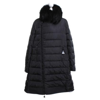 Moncler Coat in zwart Beneden