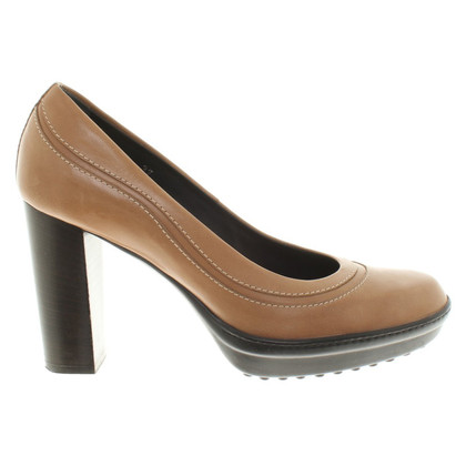 Tod's pumps in light brown