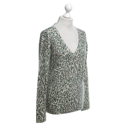 Equipment Cashmere sweater with leopard pattern