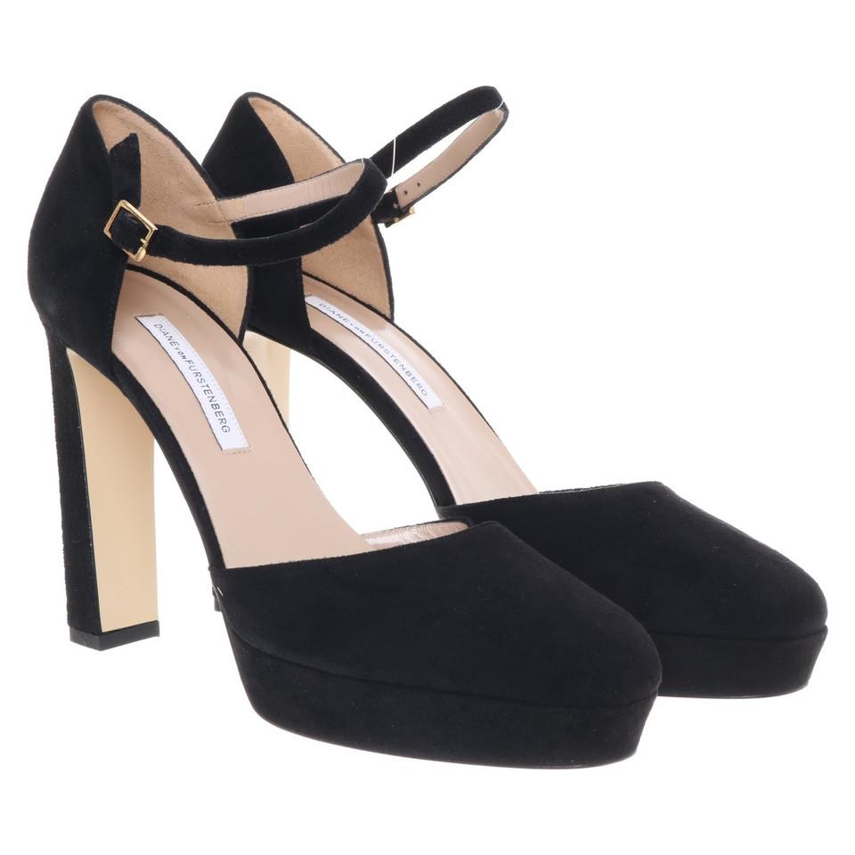 Diane Von Furstenberg Flat Shoes