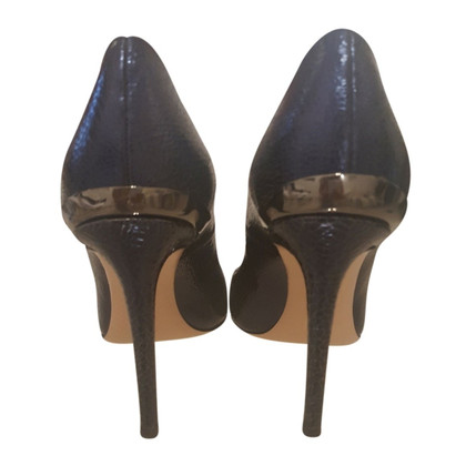 Pinko pumps patent leather