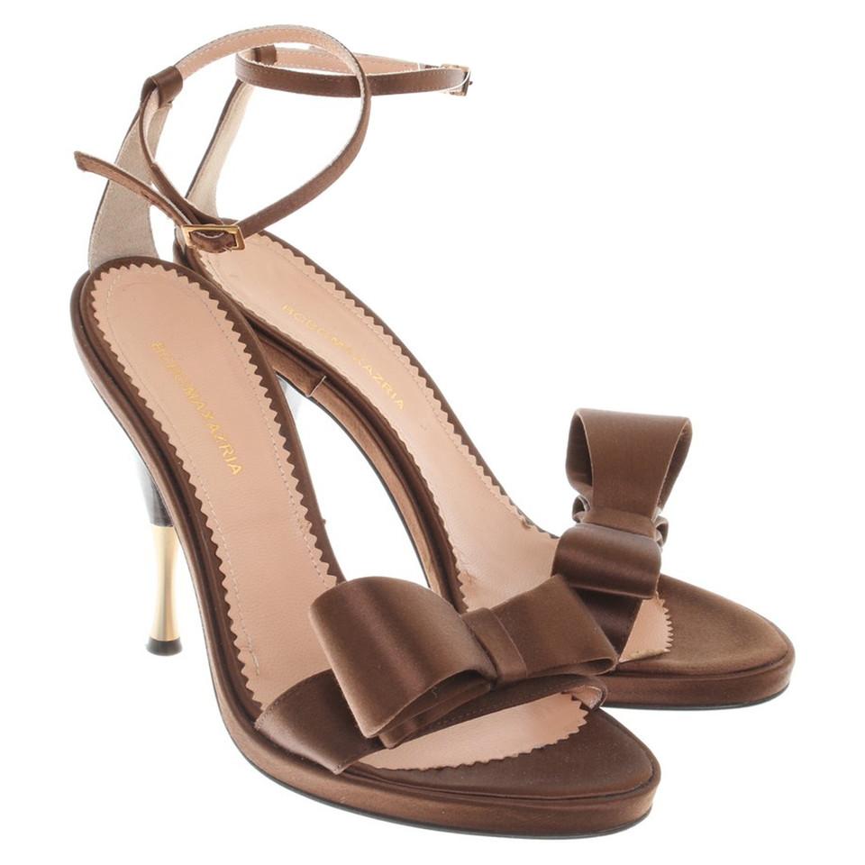 bcbg max azria high heels made of satin buy second hand. Black Bedroom Furniture Sets. Home Design Ideas