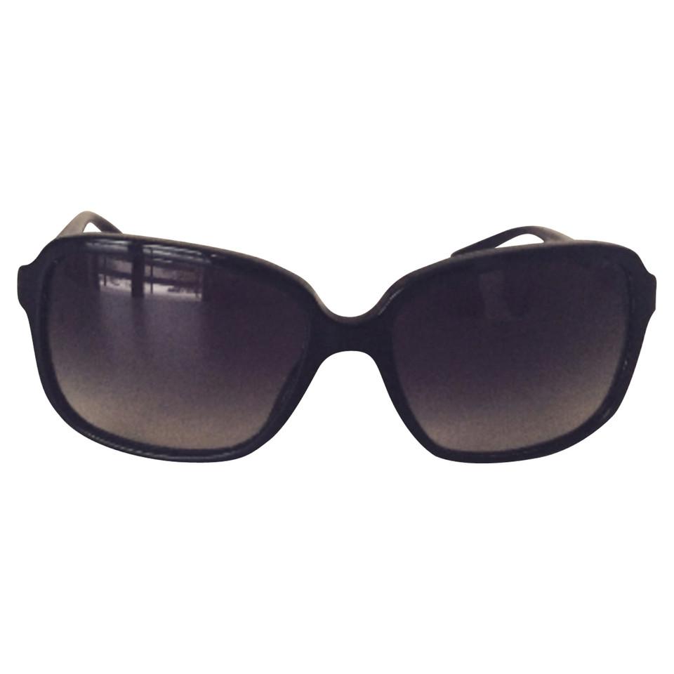 dolce gabbana sonnenbrille second hand dolce gabbana sonnenbrille gebraucht kaufen f r 109. Black Bedroom Furniture Sets. Home Design Ideas