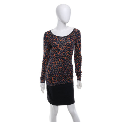 Hugo Boss Sweater with leopard pattern