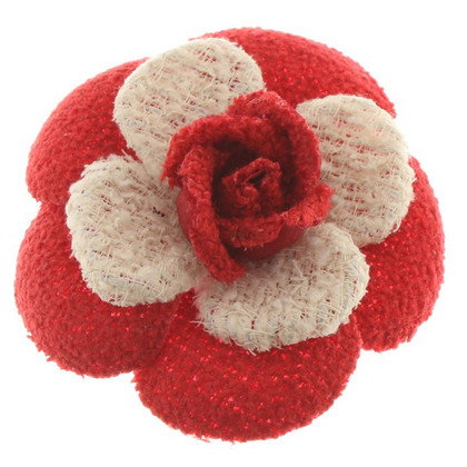 Chanel Broche in rood / wit