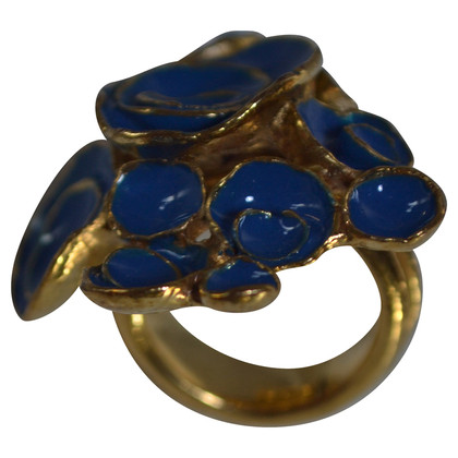 Yves Saint Laurent Ring