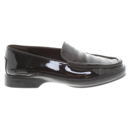 Tod's Slippers made of patent leather