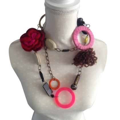 Maliparmi Halskette