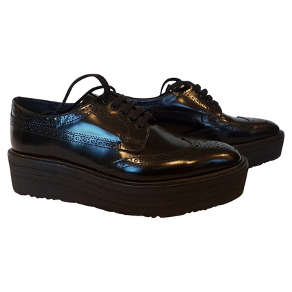 Prada vernice nera scarpe lace-up