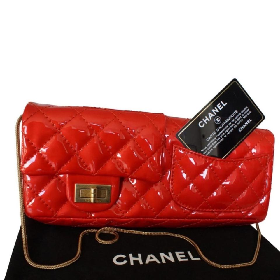 Chanel Flap Bag aus rotem Lackleder