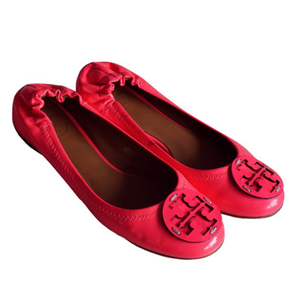 Tory Burch Lackleder-Ballerinas