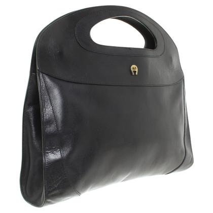 Aigner Lederen handtas in zwart