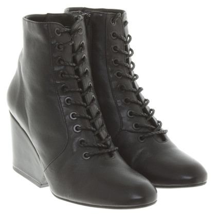 Robert Clergerie Boots in Black