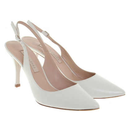 Pura Lopez pumps in white