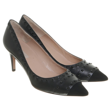 Pura Lopez pumps in nero con borchie