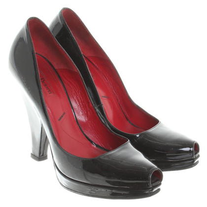 Cesare Paciotti Peeptoes in black