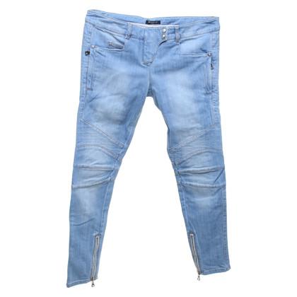 Balmain Jeans in look da motociclista