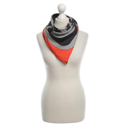 Hermès Seidentuch in Orange/Schwarz