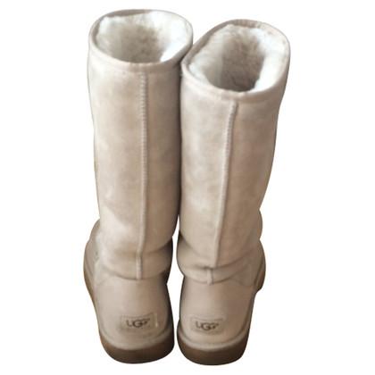 Ugg Sheepskin boots