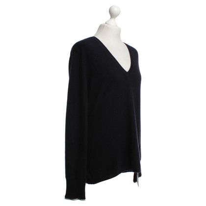 Burberry Cashmere sweater in dark blue