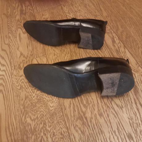 Prada Schuhe in Schwarz Schwarz Freies Verschiffen Veröffentlichungstermine jKT1hH8ZhC