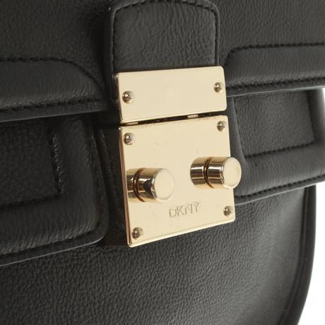 Auslasszwischenraum Eastbay DKNY Umhängetasche in Schwarz Schwarz Auslass Gut Verkaufen Erkunden Verkauf Online xe8RAFe