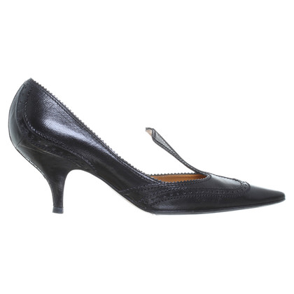 Yves Saint Laurent pumps in nero