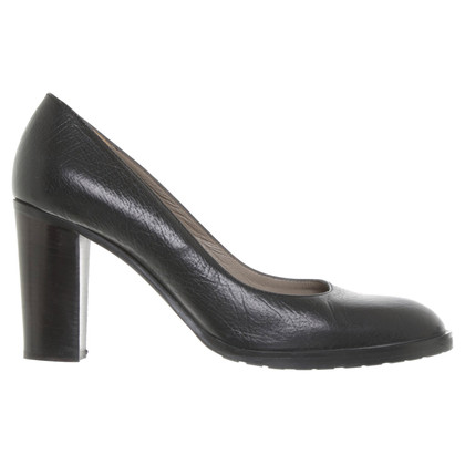 Pollini pumps in black
