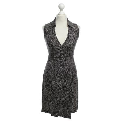 Diane von Furstenberg Wrap dress in dark blue/white