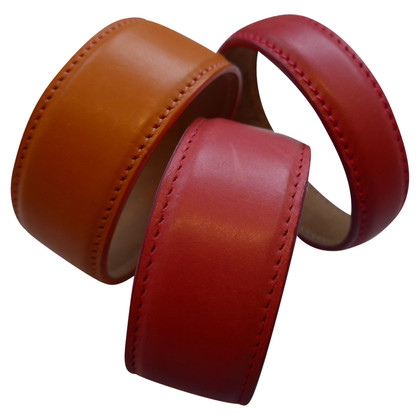Aigner Leather Bracelet tires