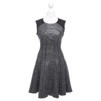 Karen Millen Robe en noir / blanc
