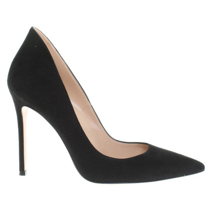 Gianvito Rossi pumps in black
