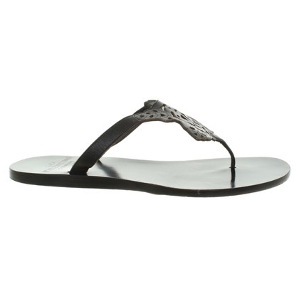 Valentino Toe Separator in Black