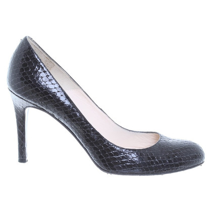 L.K. Bennett pumps in black