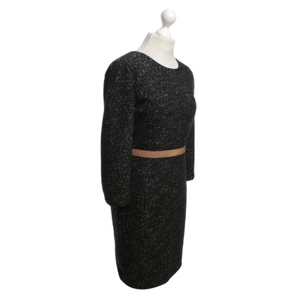 Armani Robe fourreau en noir