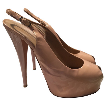 Giuseppe Zanotti Patent leather Pumps in nude