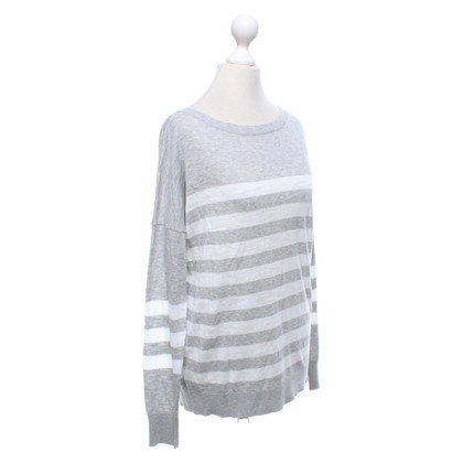360 Sweater Sweater with striped pattern