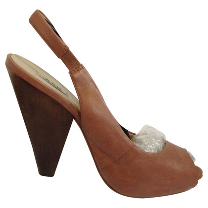 Ash Brown Plain Leather Heels