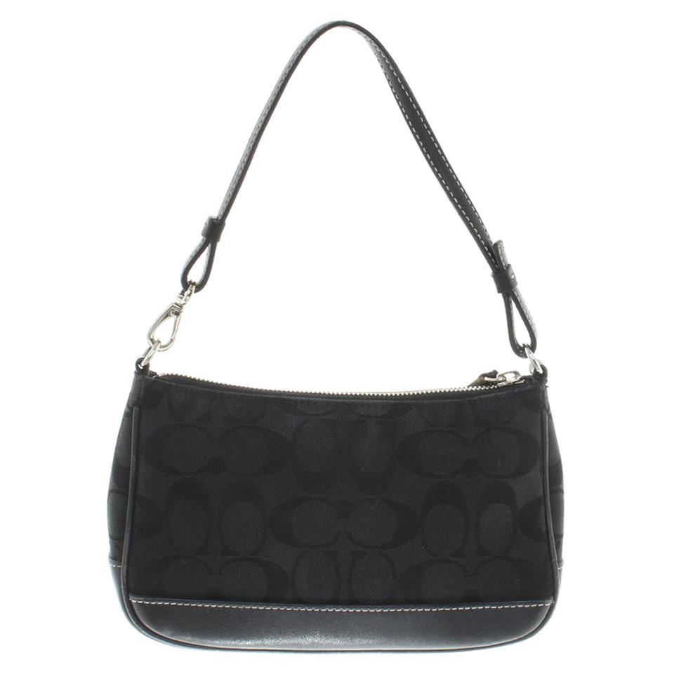coach handtasche in schwarz second hand coach handtasche in schwarz gebraucht kaufen f r 80 00. Black Bedroom Furniture Sets. Home Design Ideas