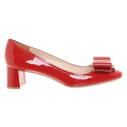 Prada Patent leather pumps in red