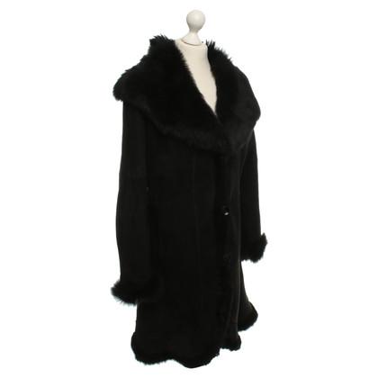 Other Designer Arma - Lammfellmantel in Black