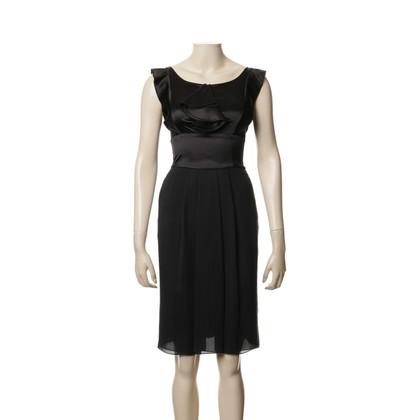 Armani Kleid mit Volants