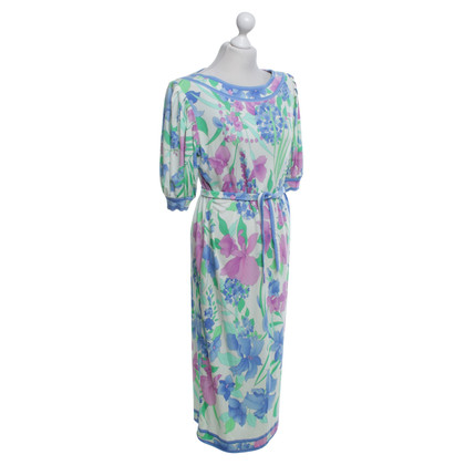 Leonard Dress with a floral pattern