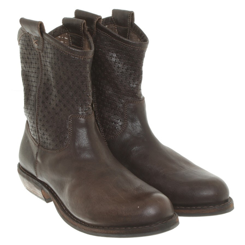 fiorentini baker ankle boots in brown buy second hand fiorentini baker ankle boots in. Black Bedroom Furniture Sets. Home Design Ideas