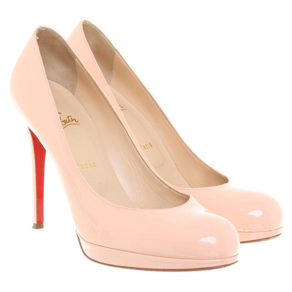 Christian Louboutin pumps lakleer