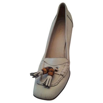 Gucci High heels with a classical tassel
