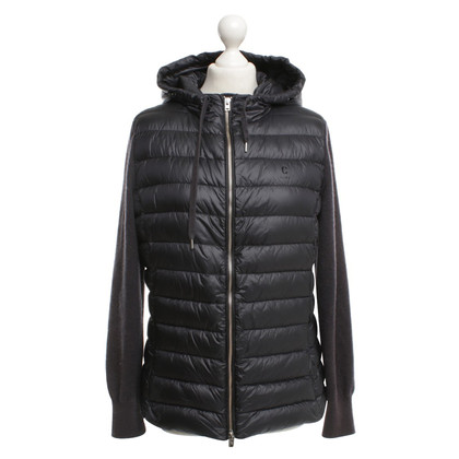 Closed Down jacket with material mix
