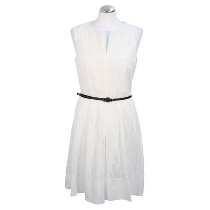 Calvin Klein robe de dentelle blanche