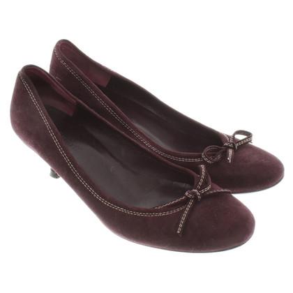 L.K. Bennett Bordeauxfarbene Kitten-Heels