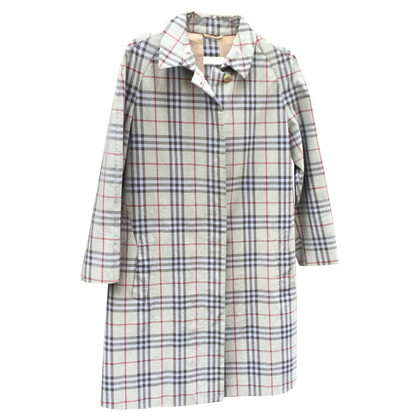 Burberry a raincoat